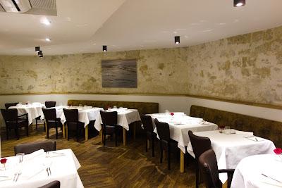 Intérieur restaurant Pleine Terre Paris blog Délices à Paris.