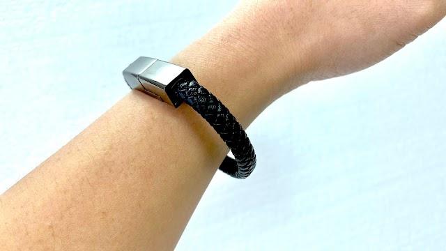 【電話配件】充電線化身飾物 黑時尚充電手繩