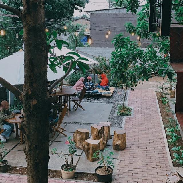Cafe Tepi Bambu Tapos Depok