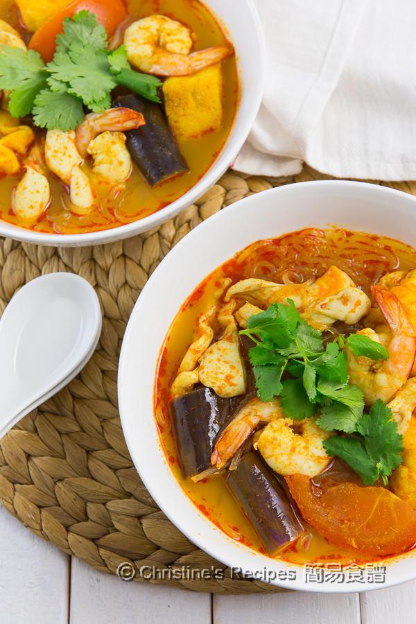 Tom Yam Noodle Soup01