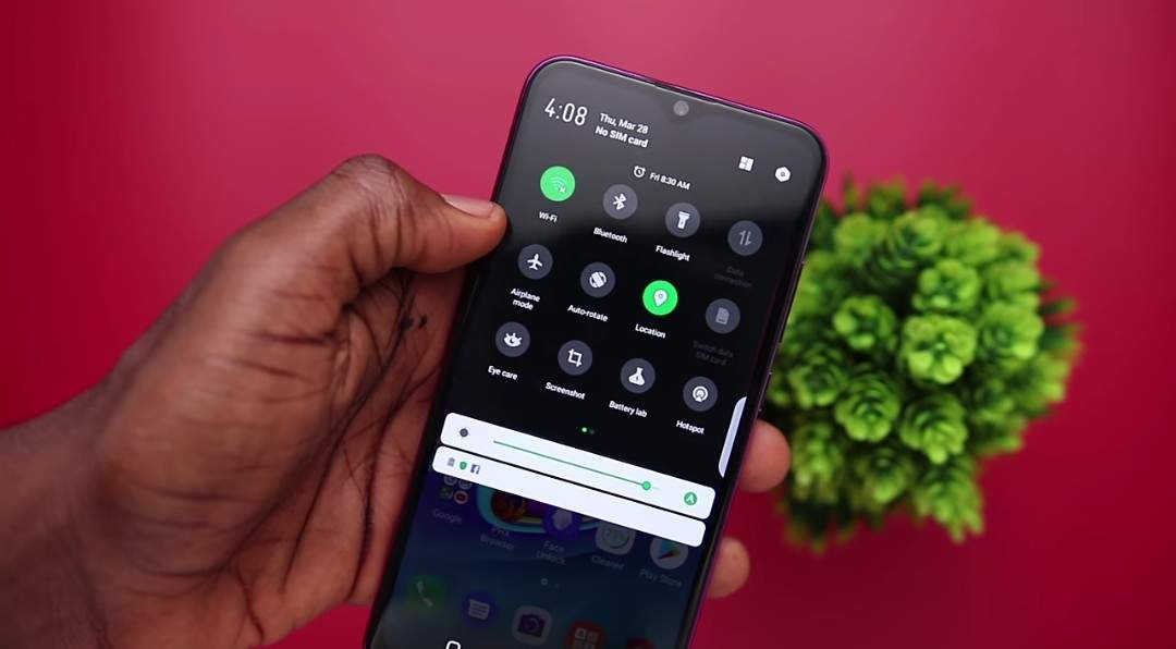 New Android 9.0 Pie dark mode on Infinix Hot S4