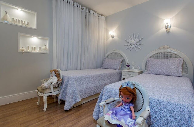 Children's room decoration in white and blue tones