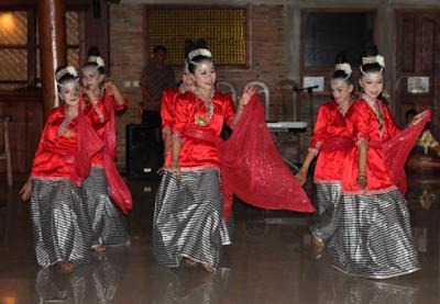 Tari Balumpa tradisional sulawesi tenggara