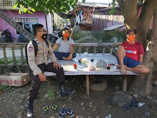 Laksanakan Sambang, Sat Binmas Polres Enrekang Sampaikan Imbauan 4M ke Warga