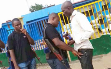 Are They Policemen OR Armed Robbers?