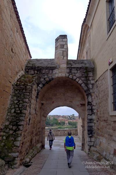 puerta-obispo-zamora