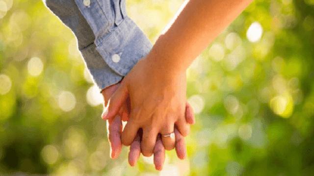 Kumpulan Puisi Cinta Bertema Indahnya Perbedaan Dalam Kebersamaan