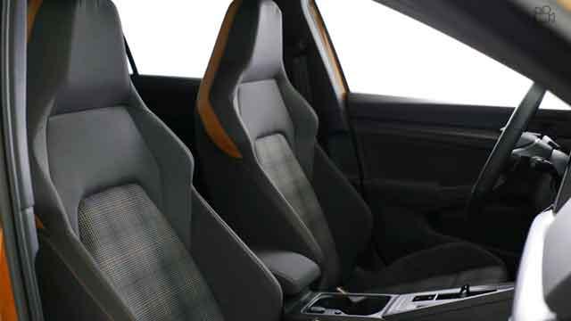 فولكس فاجن GTI 2021 من الداخل