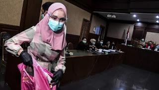 Jaksa Pinangki Pakai Kerudung, Netizen Sewot: Biasanya Buka Aurat, Mendadak Jilbaban