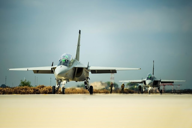 Emirates Italian military flight school