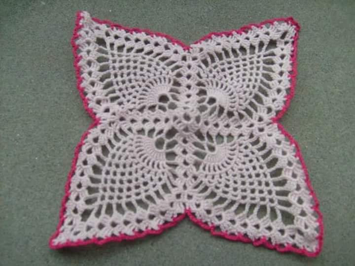 Beautiful crochet pattern for table