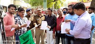 जौनपुर : कोरोना वायरस को लेकर जायसवाल समाज ने दूसरे दिन भी चलाया अभियान
