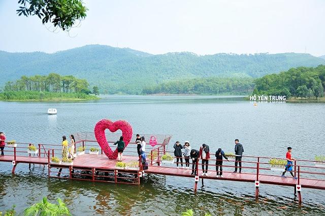 Quảng Ninh – Uông Bí: Thơ mộng Hồ Yên Trung