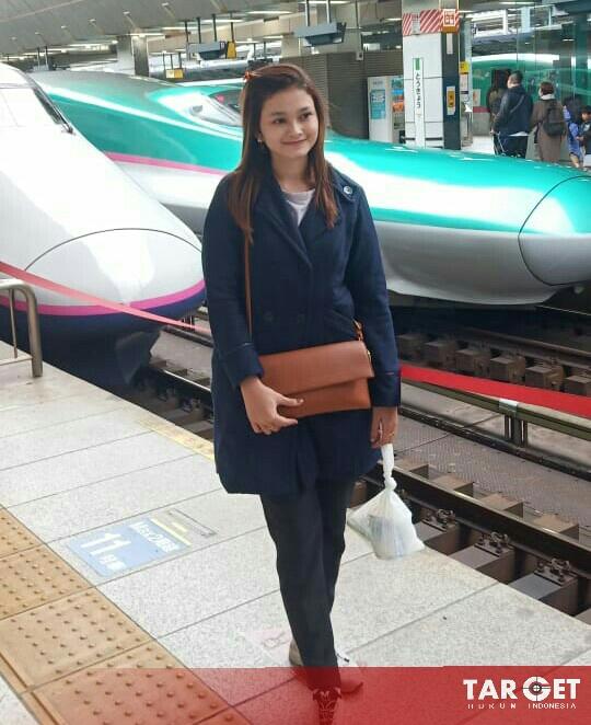 Febby Maharani With Family Berkunjung ke Negara Matahari Terbit