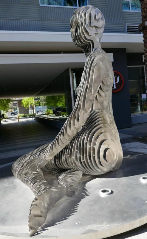 Isabelle sculpture Palm Springs