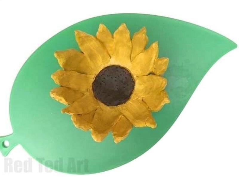 clay sunflower pot