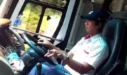 Sudah 30 Tahun Kerja Jadi Sopir Bus Malam, Pria Ini Rasakan Pengalaman Mistis Yang Mendebarkan