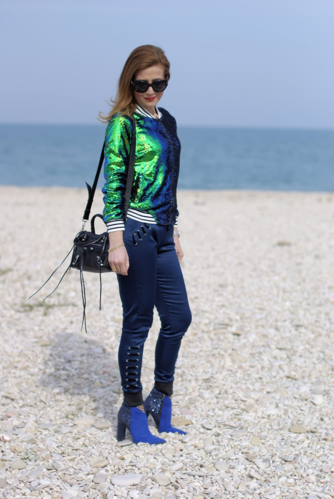 Sequins bomber jacket on Fashion and Cookies fashion blog, fashion blogger style