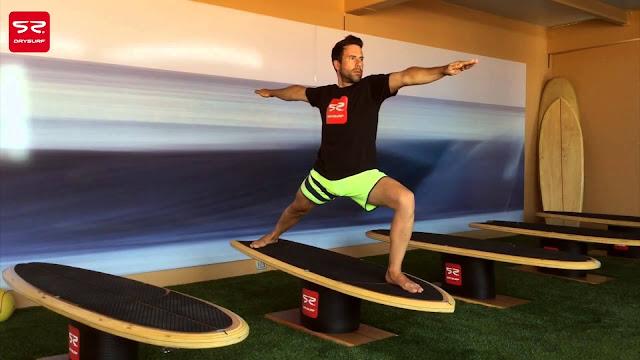 Non occorre bagnarsi né andare al mare né cercare le onde. Il surf si fa in palestra! E´l'innovativo metodo d'allenamento ideato da Miguel Lindoso, residente in Fuerteventura, per gli appassionati del surf, il Drysurf Training System.