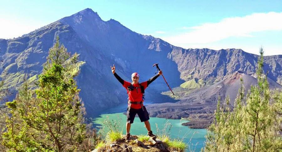 Plawangan Senaru altitude 2641 m of Mount Rinjani