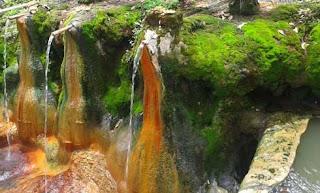 http://www.teluklove.com/2017/01/pesona-keindahan-wisata-air-panas_14.html