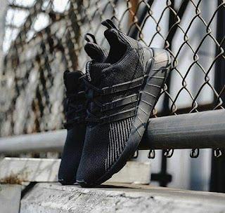 Jual Adidas questar flow full black