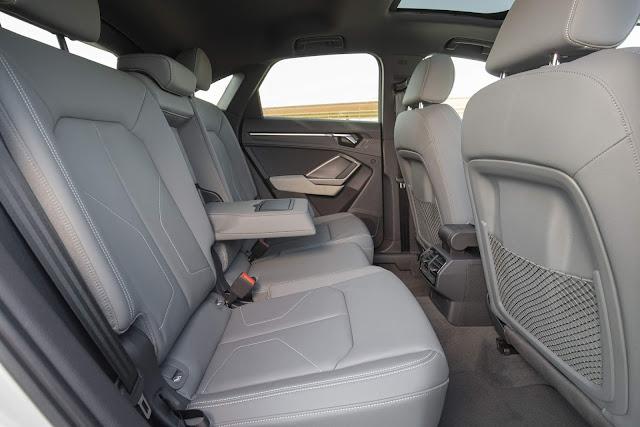 Audi Q3 Sportback 45 TFSI quattro S line - interior- espaço traseiro
