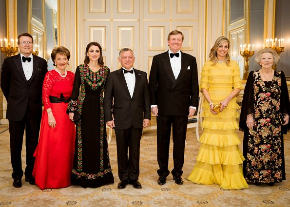 Queen Maxima wore Claes Iversen Dress. Queen Rania wore Basmet Al-Khair Charitable Society Jordanian dress, Princess Beatrix, Prince Constantijn and Princess Margriet