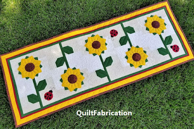 Sunflower table runner by QuiltFabrication