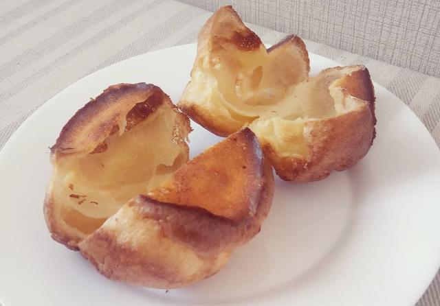 Выпрыгивающие булочки (Поповеры): пышные булочки без соды и дрожжей меньше, чем за час