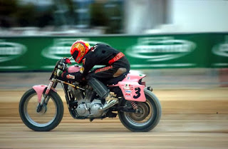 jacopo monti in flat track on his sportster 883 pink