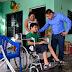 Freddy Ruz entrega apoyo a joven preparatoriano con discapacidad motriz