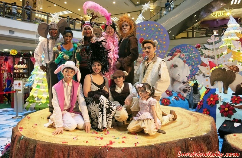 A Rustic Woodland Christmas, Love & Joy, 1 Utama, Christmas 2014, Loving Gaia Musical Show, Loving Gaia, Musical Show