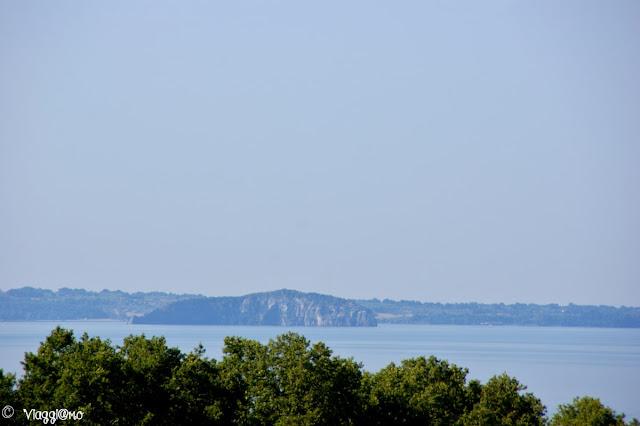 L'isola Martana la più piccola del Lago di Bolsena