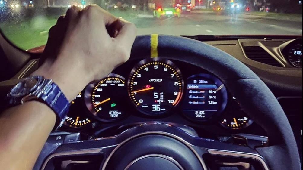Chi tiết Porsche 911 GT3 RS của đại gia Đặng Lê Nguyên Vũ đang rao bán