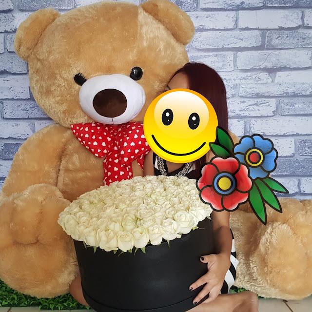 jual flower box surabaya, buket bunga boneka surabaya, toko bunga valentine surabaya