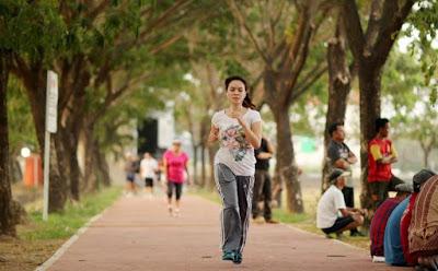 Manfaat Berjalan Kaki Dengan Cepat