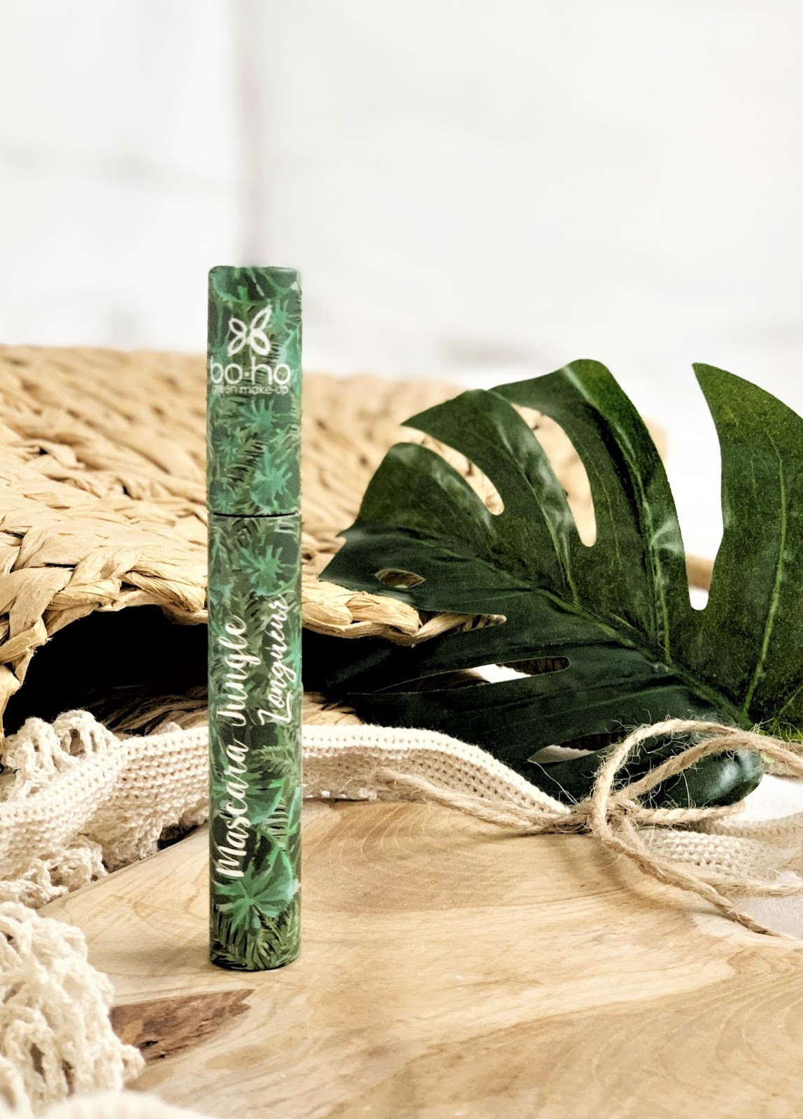 Wydłużający tusz do rzęs Jungle Noir Boho Green Make-Up