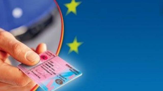 La Grecia riconosce i patenti di guida albanesi, il Parlamento ratifica l'accordo