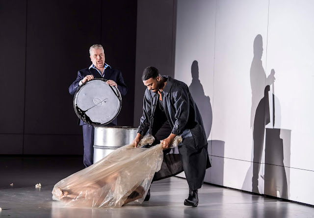 Verdi: Luisa Miller - James Creswell, Soloman Howard - English National Opera ( © Tristram Kenton)