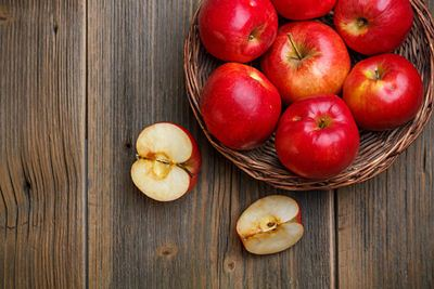 3 Manfaat Terapi Apel untuk Menurunkan Asam Urat Tinggi