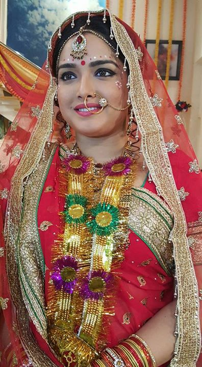 Latest New Photos, Pics, Image Amrapali in Dulhan Dress