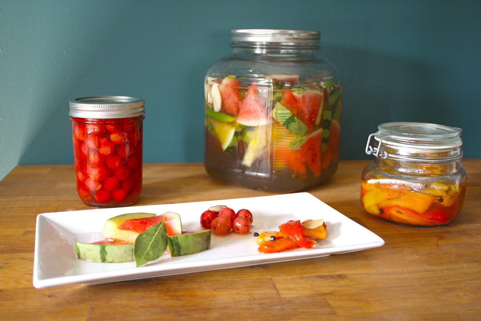 Storage plant vegetables, mushrooms, salted, pickled, pickled and pickled fruits