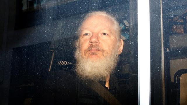"""""""Los periodistas no deberían pagar este precio por exponer crímenes de guerra"""": Julian Assange cumple 48 años"""