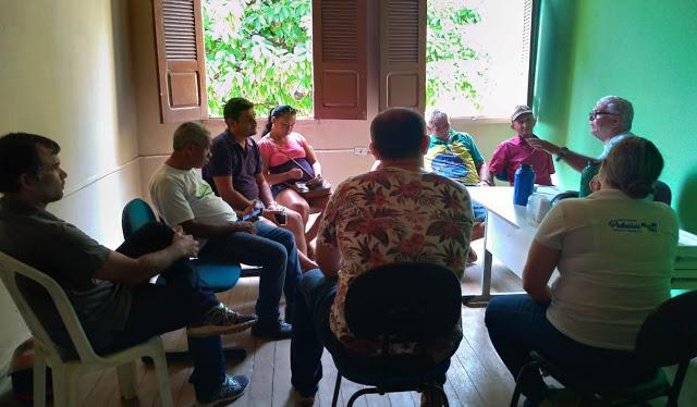 Pedreiras: Secretário de Agricultura se reúne com associações para discutir o PNAE.