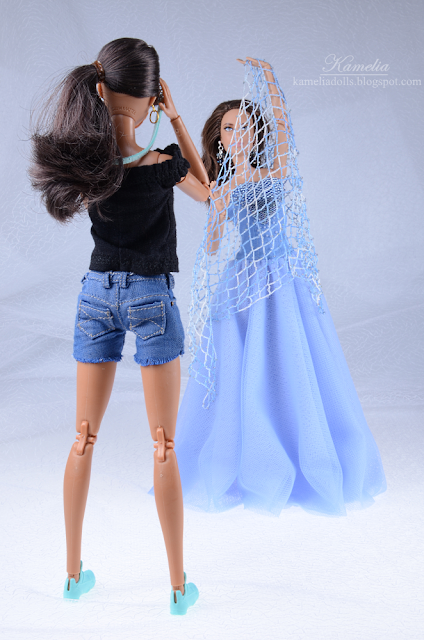 Sky blue long tulle evening dress for made to move Barbie doll