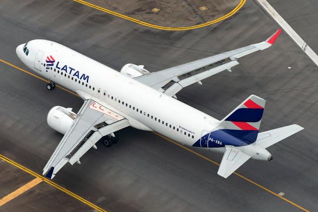 الخطوط الجوية الأمريكية تعلق الرحلات الجوية إلى ١٥ منطقة
