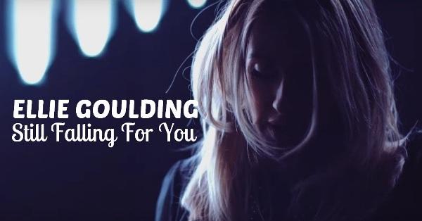 Terjemahan lirik lagu Ellie Goulding Still Falling For You