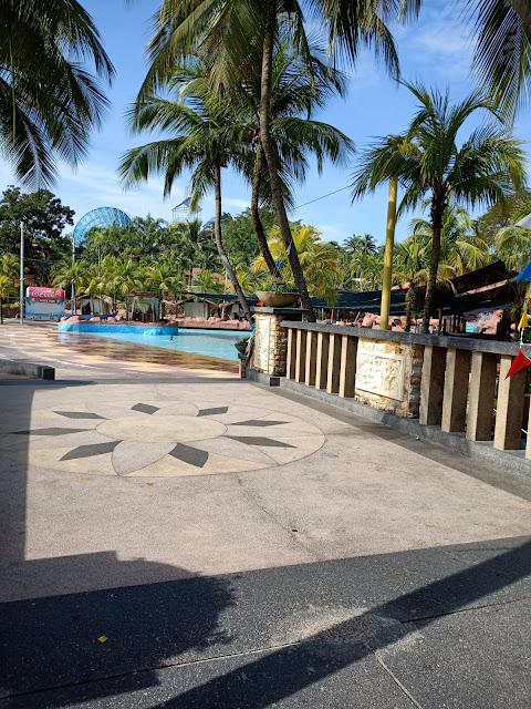 Mandi-Manda Di Afamosa Waterworld Melaka