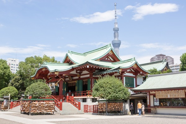 ศาลเจ้าคาเมโดะ เทนจิน (Kameido Tenjin Shrine: 亀戸天神社)